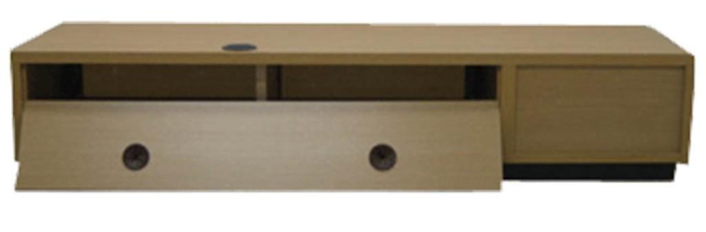 配線もしやすい背面を外せるテレビ台