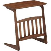 ウォールナット材を使用したソファ横テーブル おしゃれで強くて