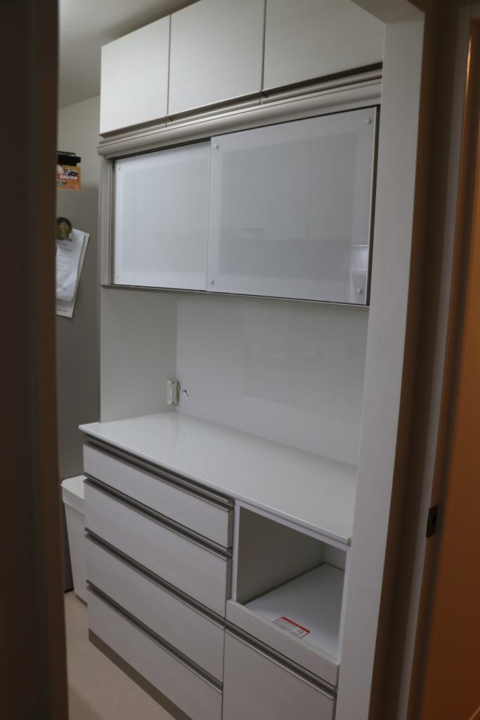 バリオシリーズ食器棚